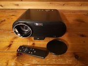 HD-Beamer von Tenker mit 2