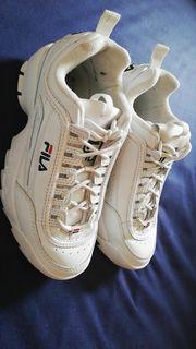 Weiße Fila Schuhe 39