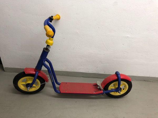 Roter KETTLER Roller für Kinder