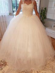 Hochzeitskleid NEU Größe 38 VB