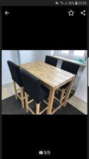 Hochtisch mit 4 Stühlen
