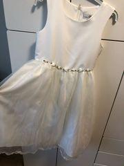 Erstkommunions Kleid Gr 128 keine