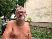 sauber machen nackt in berlin