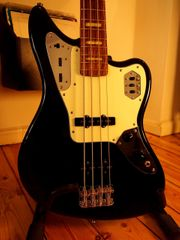Fender Jaguar Bass Crafted in