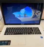 Laptop 17 ASUS