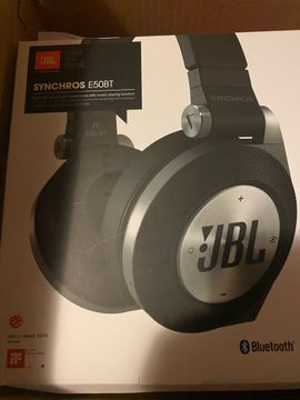 Boxen, Lautsprecher, Kopfhörer - JBL E50BT Over-Ear-Kopfhörer