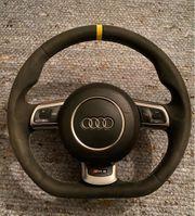 Audi RS3 8P Lenkrad mit