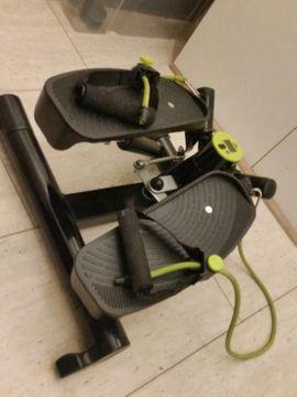 Fitness, Bodybuilding - Crane Swing Stepper mit Fitnessbändern
