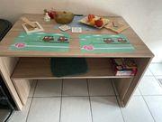 Esszimmer Tisch mit einer Bank