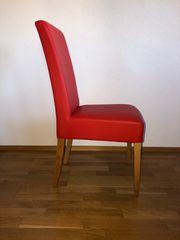 8 Rote Stühle