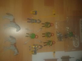 1 Playmobil Ritterburg Ersatzteile Zubehör: Kleinanzeigen aus Halle Damaschkestraße - Rubrik Spielzeug: Lego, Playmobil