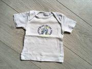 T-Shirt oder Unterhemd mit Bärchenaufdruck