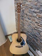 Gitarre Yamaha F130