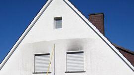 Dienstleistungen rund ums Haus, gewerblich - Fassadenreinigung Steinreinigung Dachreinigung Maler