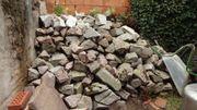 Granit- Felsen- Bruchsteine Garten Mauern