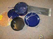 Schwenkgrill mit Gestell und Ketten