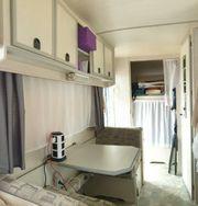 Wohnwagen LMC mit Stockbetten