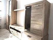 Gebrauchte Schrankwand Kleiderschrank und Schreibtisch