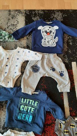 Bild 4 - Große Paket Baby Kleidung 68 - Dielheim