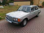Mercedes-Benz 230 E 123 Bj