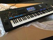 Super Keyboard Yamaha GENOS in