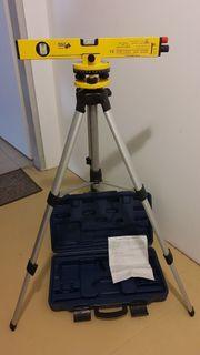 Wasserwaage mit Laser und Nivellierteller