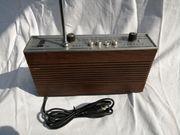 Kleiner kofferradio Minerva