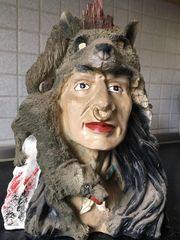 Indianer Büste mit Wolf