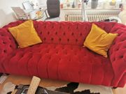 Stylisches rotes Traum-Sofa