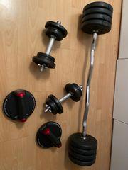 Fitnesshanteln und Equipment im set