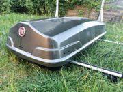 Große Dachbox Fiat mit Träger