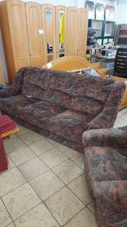 Couch mit Schlaffunktion und ein