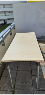 Tisch Eiche hell-neuwertig