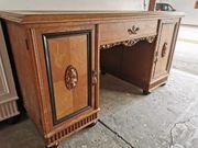 Rustikaler antiker Schreibtisch