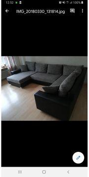 Große Couch mit Bettfunktion Neuwerig