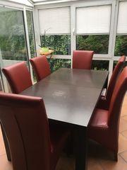verkaufe Tisch und Stühle