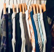 13 Stück Herrenhemden Gr L
