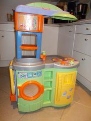 Spielküche mit viel Zubehör