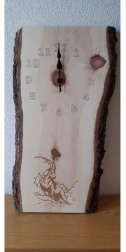 Zirbenuhr aus frischem Zirbenholz
