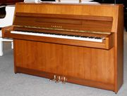 Klavier Yamaha M5J 104 cm