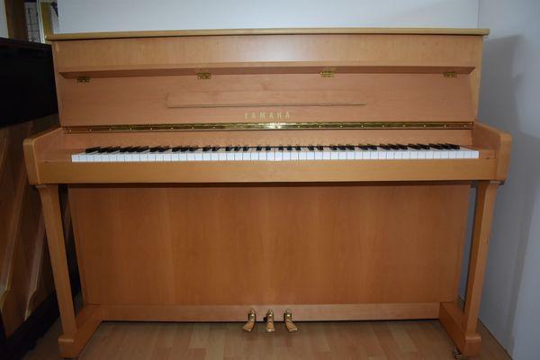 Klavier Yamaha P 112 NT