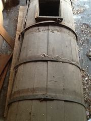 Altes Güllefass aus Holz