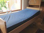 Pflegebett mit Matratze