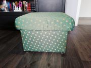 Couch 2Sitzer Hocker Kissen