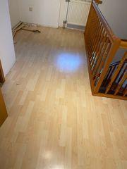 Fußboden abzugeben