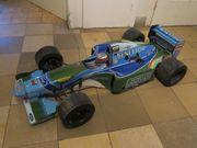 Schumis erstes Weltmeisterauto als Großmodell