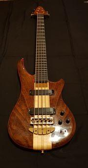 Alembic Essence Bassgitarre