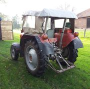 Traktor Massey Ferguson FE-35
