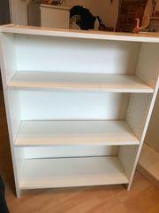2 weiße Ikea-Regale 105x80x28