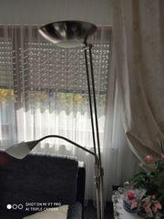 Stehlampe mit Halogen und leselampe